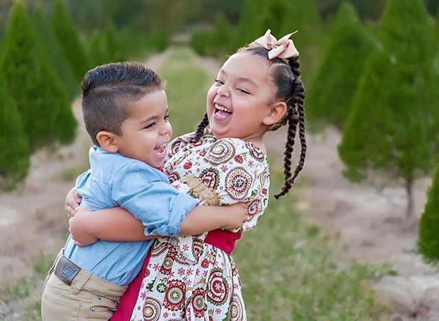 Children S Photography Christmas Portraits Children Photography Christmas Tree Forest