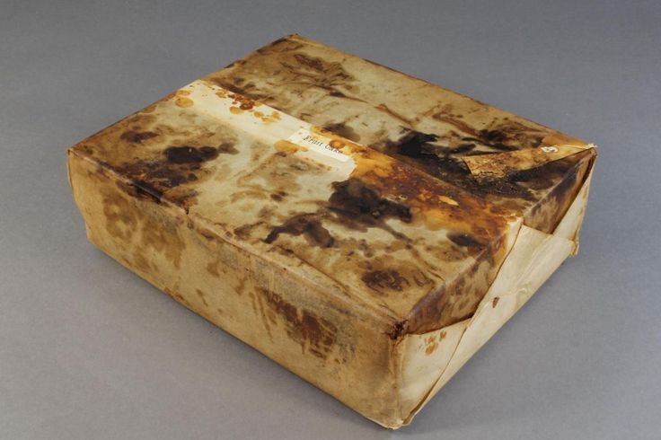 """100-Year-Old Fruitcake Found in Antarctica Is 'Almost' Edible - NAT GEO ARTICLE. British explorer Robert Falcon Scott likely brought the cake with him to Antarctica, where it's stayed in """"excellent condition."""""""