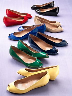 The low heel of this wedge is ideal for a busy workday, or evening out.