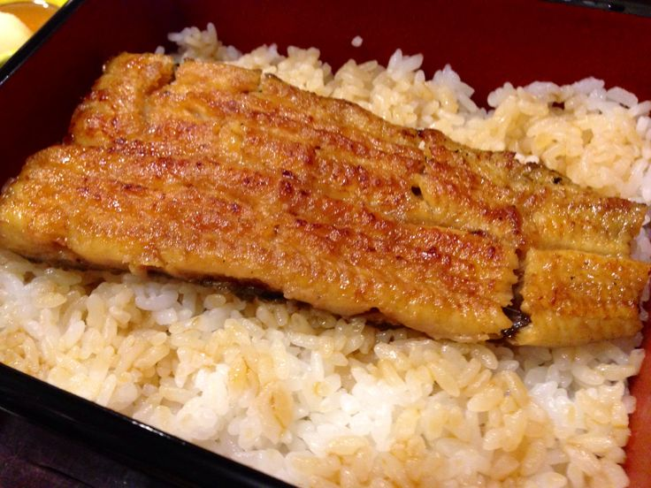 broiled eel on rice, so delicious !