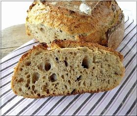 Kovászos teljes kiőrlésű kenyér