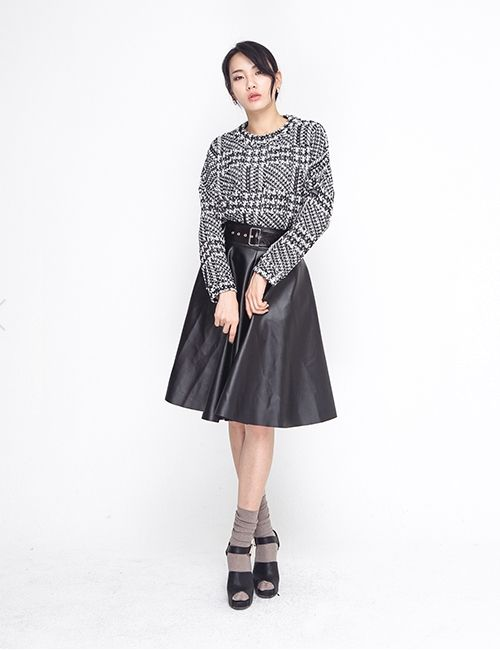 BLACK LEATHER LONG SKIRT http://arcloset.com/product_view.php?gs_idx=BO140008SK