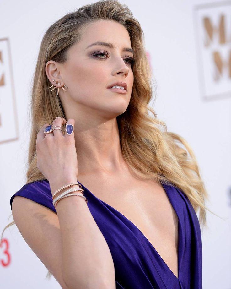 "4,012 Me gusta, 31 comentarios - Amber Heard (@amberhheard) en Instagram: ""#amberheard #blonde #greeneyes #beautiful #gorgeous #pretty #stunning #redcarpet #makeup #earrings…"""