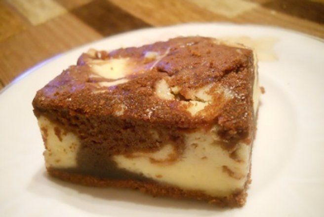 Retete Culinare - Prajitura marmorata cu mascarpone