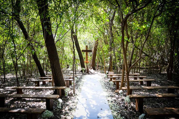 Our Forrest Church, or Boskerk , is conveniently located on the same premises as the wedding venue, in Centurion. Your marriage ceremony will be held under the beautiful poplar trees and puts you on...