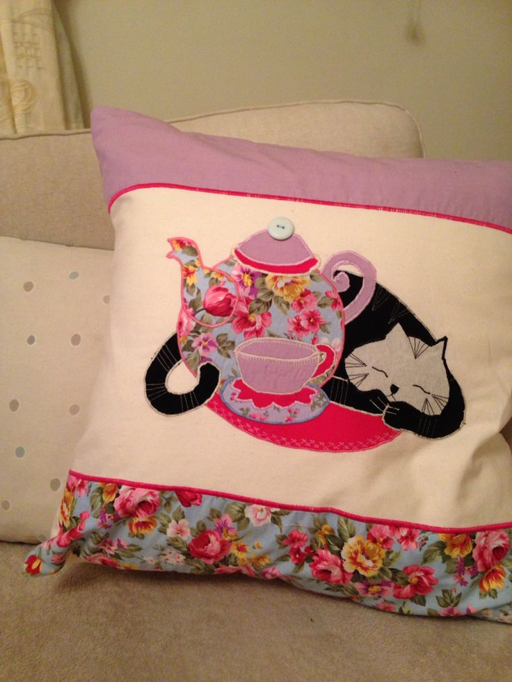 Cat nap teacup and teapot appliqué cushion
