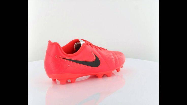 Nike Jr Ctr360 Libretto iii Fg çocuk amatör halı saha ayakkabı modeli http://www.vipcocuk.com/cocuk-futbol-ayakkabisi vipcocuk.com'da satılan tüm markalar/ürünler Orjinaldir ve adınıza faturalandırılmaktadır.  vipcocuk.com bir KORAYSPOR iştirakidir.