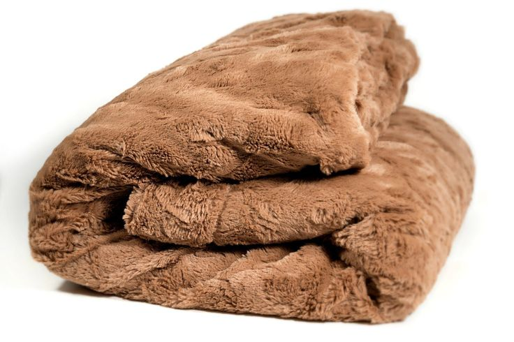 DaDa Bedding Luxury Solid Cinnamon Mocha Brown Faux Fur with Sherpa Backside Soft Warm Fleece Throw Blanket