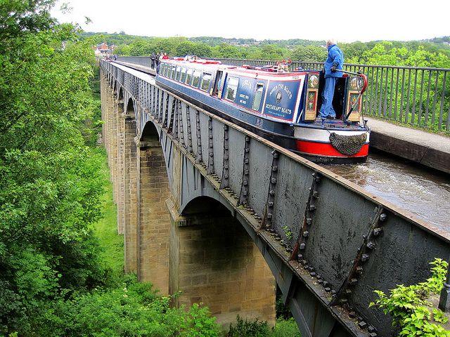 海外旅行世界遺産 ポントカサステ水路橋と運河の画像 ポントカサステ水路橋と運河の絶景写真画像ランキング  イギリス