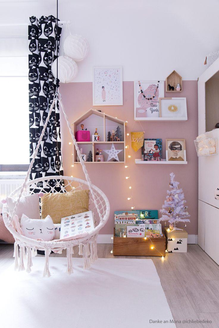 Monas Tochter Hat Eine Neue Wandfarbe In Altrosa Www Kolorat De Kolorat Wandfarbe Altrosa Kinderzimm Kleinkind Madchen Zimmer Madchenzimmer Zimmer Madchen