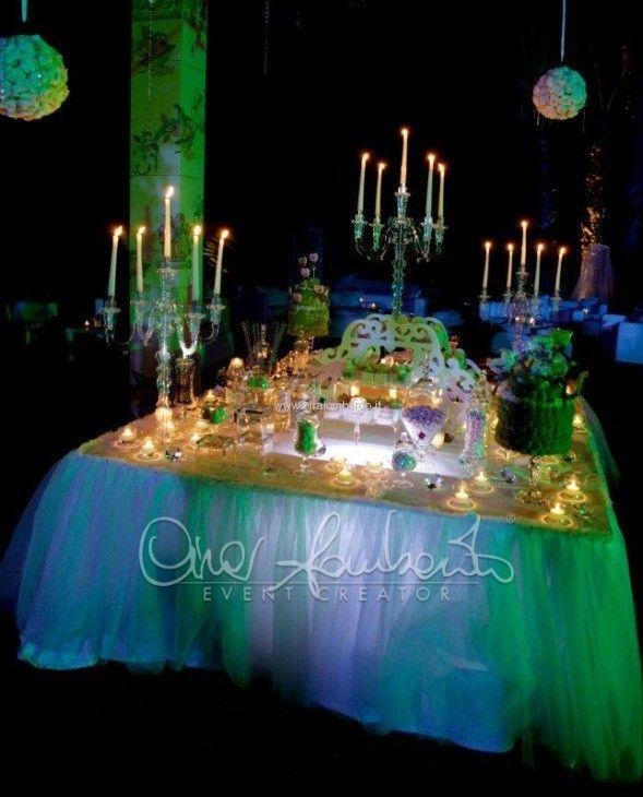Confettata al lume di candela, magiche atmosfere di un wedding day da sogno | Cira Lombardo Wedding Planner