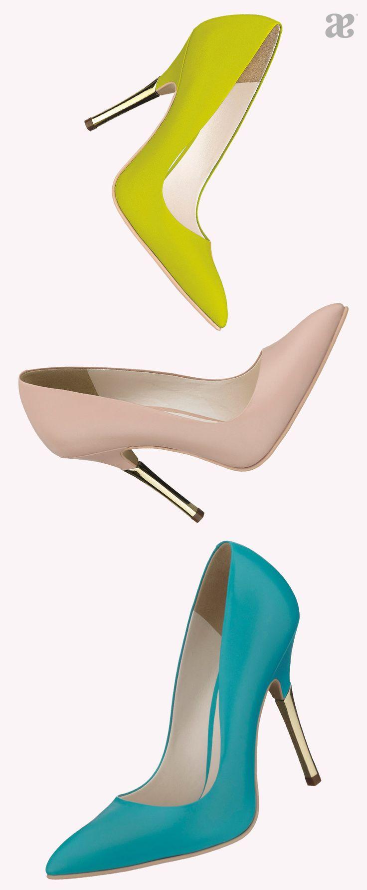 Para que sea fácil armar un #look con alguno de estos #zapatos te recomendamos comenzar a armarlo de abajo hacia arriba y vayas agregando piezas de #colores que combinen (mismos tonos) o se complementen (tonos opuestos que luzcan bien juntos).