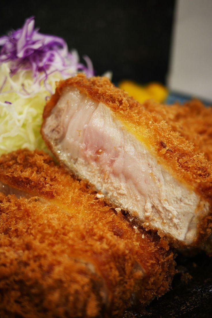 特ロースかつ定食 2300円 誰もが絶賛する、日本で一番美味しいとんかつ屋『檍』(あおき)をご存知だ …