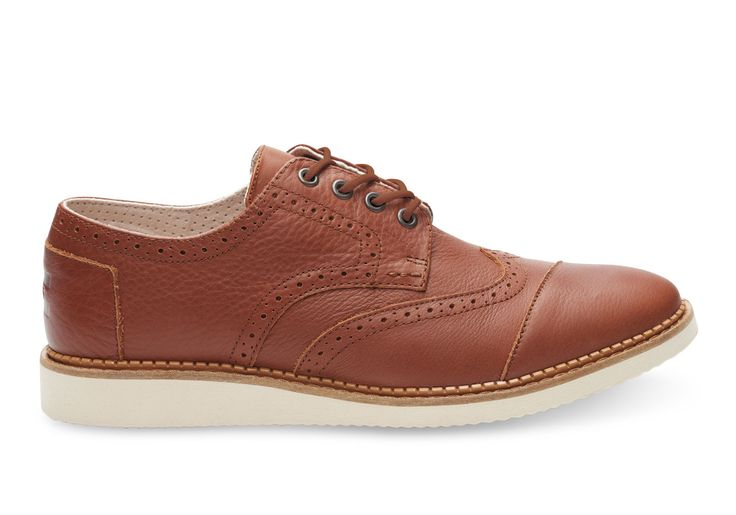 With a redesigned outsole for extra traction and comfort, this Oxford-styled Brogue features full-grain leather and wingtip detailing for an upstanding look.