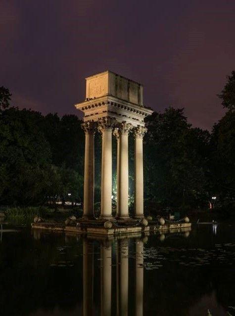 The Mausoleum of Gen. Joseph Bem.... in the park at Tarnow Poland. | ⇆ 975| au