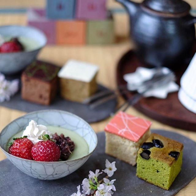 【izumi__smile】さんのInstagramをピンしています。 《* nagara tatin ⚘ * いちご、抹茶、チョコ、アールグレイの積み木ケーキに ちょっぴりヘルシー自家製豆乳抹茶プリンで幸せおやつ☺︎❀✿❀ * お天気イマイチですが、引き続き楽しい週末をね☸︎˳*✦︎∗︎˚೫ * Thanks @yukico_twingram *2017.02.05* * #sweets #cake #tea #breaktime #vsco #vscocam #instagramjapan #IGersJP #おうちカフェ #おやつ #プリン #抹茶 #ケーキ #nagaratatin #ナガラタタン #暮らし #日々 #丁寧な暮らし #高田志保 #八木橋昇 #竹俣勇壱 #十河隆史 #陶芸 #桜 #富士フイルム #fujifilm #カメラ女子 #カメラ好きな人と繋がりたい #今日もX日和 #ファインダー越しの私の世界》