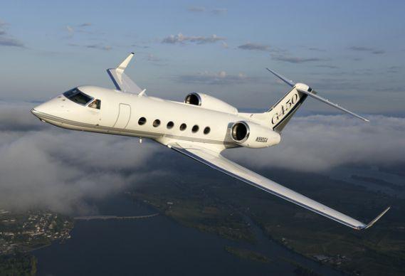 mark owns a Gulf Stream Jet