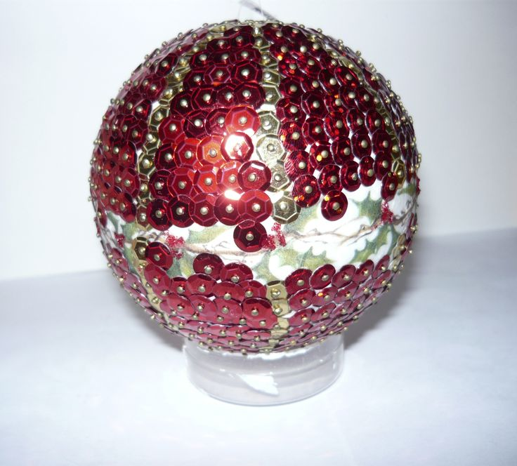 #Christmas tree #ball (#sequins)