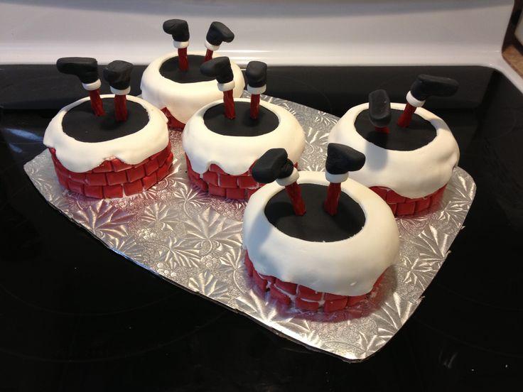 Santa Chimney Mini Cakes