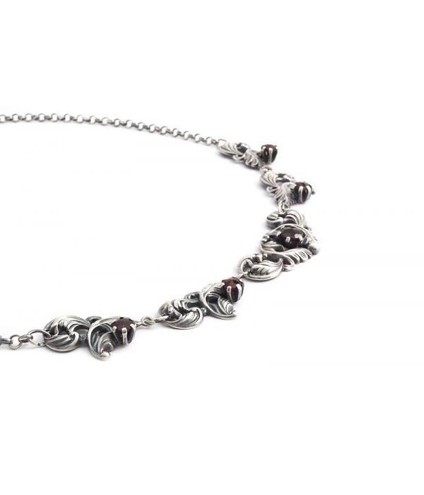 Aurora Patina Zilveren Jugendstil collier met granaat