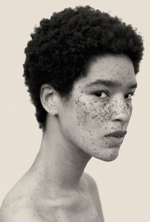 Phoenix beauty. Freckles. Cut. Hair.