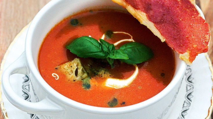 Enkel tomatsuppe