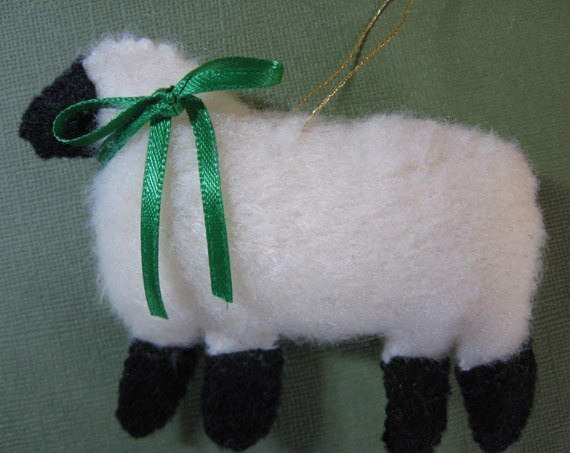 27 best images about sheep ornaments on pinterest for Sheep christmas ornament craft