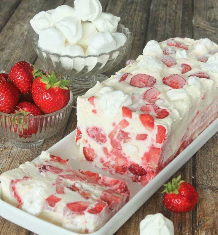 Maräng- & jordgubbsglasstårta!
