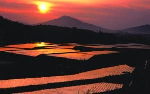 Sunset of Kaya mountain. Looking for more information aboout Fukuoka? Go Visit Itoshima City Official Website. http://www.city.itoshima.lg.jp