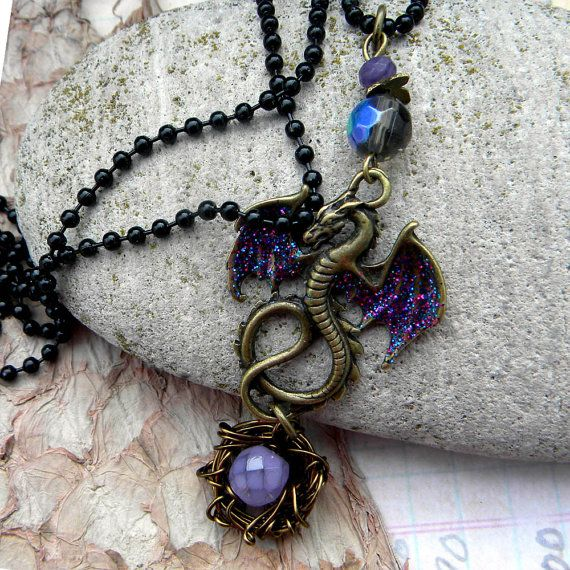 Dragon Necklace - Mother Dragon With  Egg and Nest - Game of Thrones - Harry Potter
