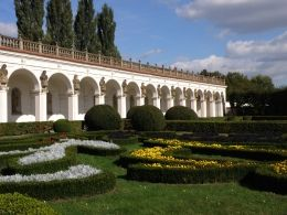 Kolonáda. Květná zahrada Kroměříž