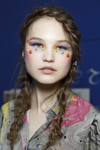 Love the makeup here at the Manish Arora AW14 show x