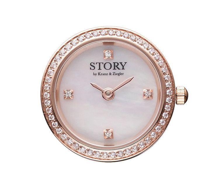 STORY ur i smukt rosaforgyldt stål med hvid urskive og Swarowski krystaller. Et opsigtsvækkende og moderne ur der let kan sammensættes med et af de lækre STORY armbånd! Det hvide ur ser fx rigtig godt ud sammen med det sandfarvede STORY armbånd...