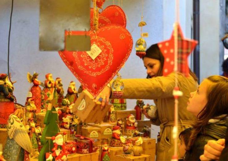 Tra mercatini e storia, Luci di Natale alla Rasa di Varese