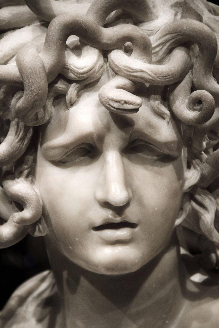 medusa bernini 1630 1 366 2 048 objects pinterest medusa mythology and greek. Black Bedroom Furniture Sets. Home Design Ideas