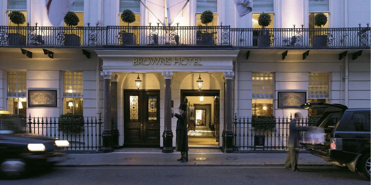 Brown's Hotel * * * * * - Londres