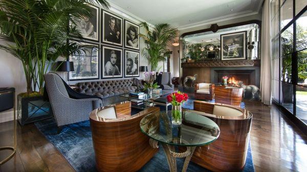 Le style art déco vient de l'ère du jazz et apporte de la splendeur dans l' intérieur contemporain! Sa beauté et magnificence se reconnaît tout de suite!