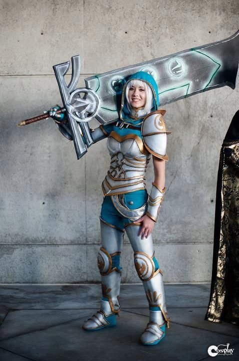 Riven Cosplay League of Legends