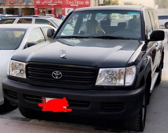 Toyota Land Cruiser 2002 Used in SUV on Qatar Arabsclassifieds | Best Free Classifieds sites in Qatar for used cars, Jobs, Events, Real Estate, Furniture,