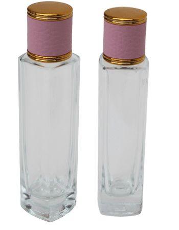 До 53 мл (~ 1,80 унции) на шее, прозрачное стекло Тонкий бутылки с круглым краем прямоугольного плеча и основания, и розовая кожа типа винта на колпачке.