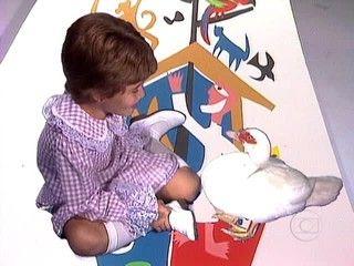 No especial Vinicius para Crianças - Arca de Noé, o grupo MPB4 canta a música 'O Pato'.