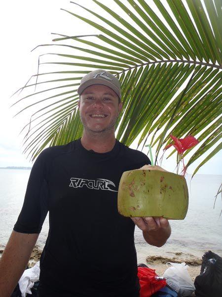 Wondering what things to do in Vanuatu? Best Vanuatu Activities and Adventure Eco Tours : Glass bottom kayak tours, friendly staff and great Vanuatu tour packages with Mele Evergreen, Buggy Fun Rental and Benjor Resort. Visit us at http://www.kayakingvanuatu.com