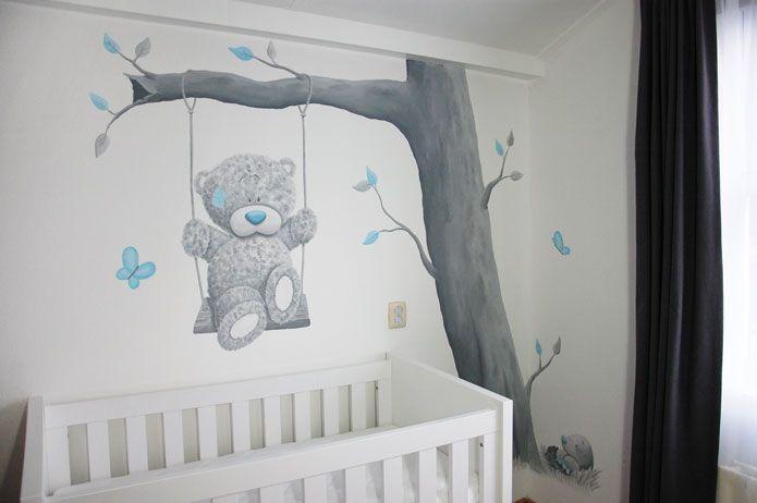 Me to You met Blue Nose Friends molletje bij een boom gemaakt door BIM Muurschildering.  mural wall painting