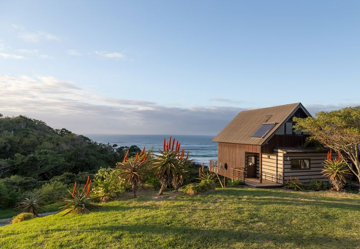 These 10 remote cottages are perfect for two. From R250pp sharing, this is our pick of the cosiest couples' accommodation in South Africa.