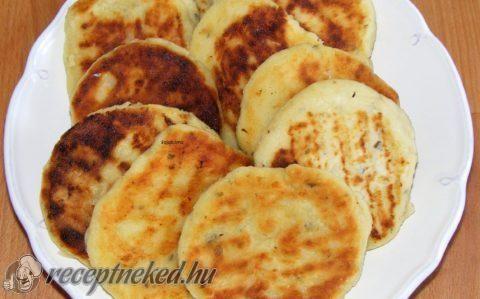 Zöldfűszeres, sajtos burgonyatallér recept fotóval