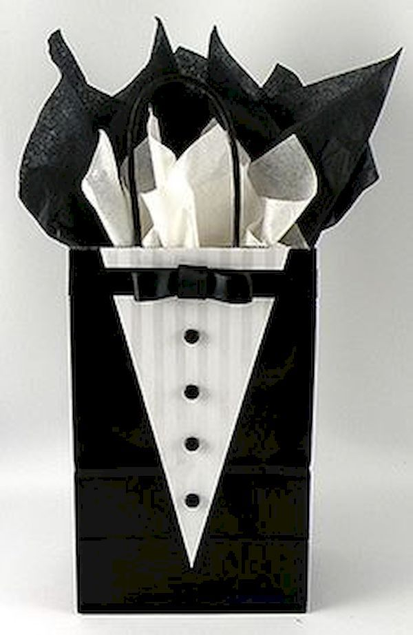cool 55 Great Groomsmen Gifts Ideas Your Buddies Will Love It https://viscawedding.com/2017/04/27/great-groomsmen-gifts-ideas-buddies-will-love/