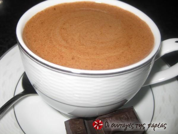 Ζεστή κρεμώδης σοκολάτα #sintagespareas