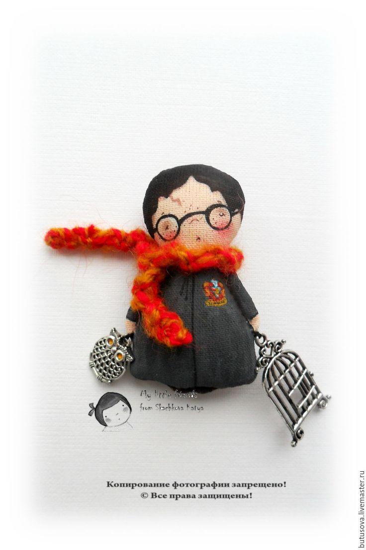 Купить Гарри ПЭ. Миниатюрная кукла. БРОШЬ. - разноцветный, Гарри Поттер, чародей, чародейство, волшебство