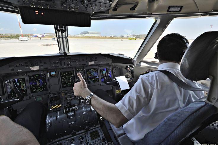"Olympic Air Moments before departure De Havilland Canada DHC-8-400 ΟΨΕΙΣ - ΜΑΤΙΕΣ Athens International Airport ""Eleftherios Venizelos"""