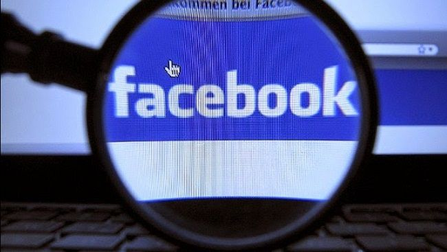 """MALWARE –  FAKEAPP - """"Fakeapp"""" Android Malware Steals Facebook Credentials – 'In a newly identified scam detected by security company Symantec, a malicious app dubbed 'Android.Fakeapp', involves a new malware strain that is phishing for Facebook login credentials directly from the targeted devices. Once the Facebook user credentials are obtained, the malware logs into the account and collects account information and results using the Facebook mobile app's search functionality.'"""